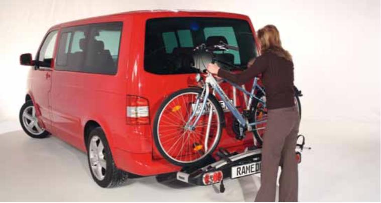 so wird ein fahrradtr ger sicher befestigt rameder. Black Bedroom Furniture Sets. Home Design Ideas
