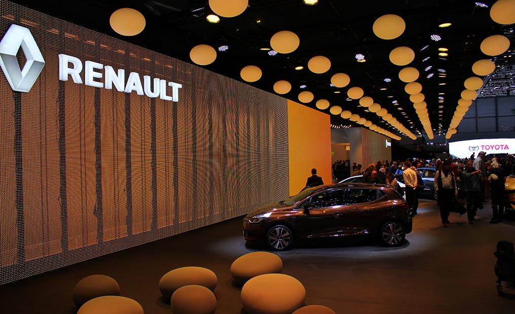 Renault war wieder mit seinem eindrucksvollen Messestand am Start.
