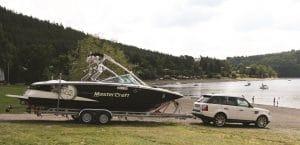 Boot und SUV - eine gute Reisekombi