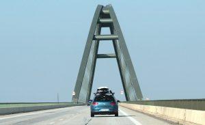 Wind auf Brücken
